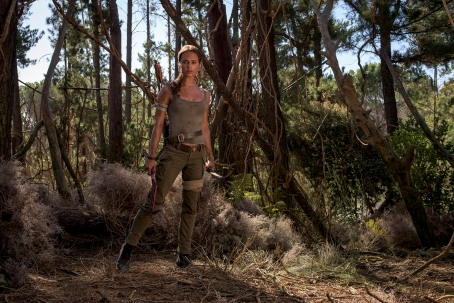 tomb-raider-movie-promo-2_33662409426_o.jpg